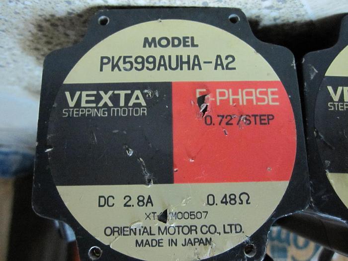 Click vào ảnh để xem ảnh lớn hơn.  Name:PK599AUHA-A2 VEXTA STEP MOTOR.JPG Views:0 Size:728.5 KB ID:7833