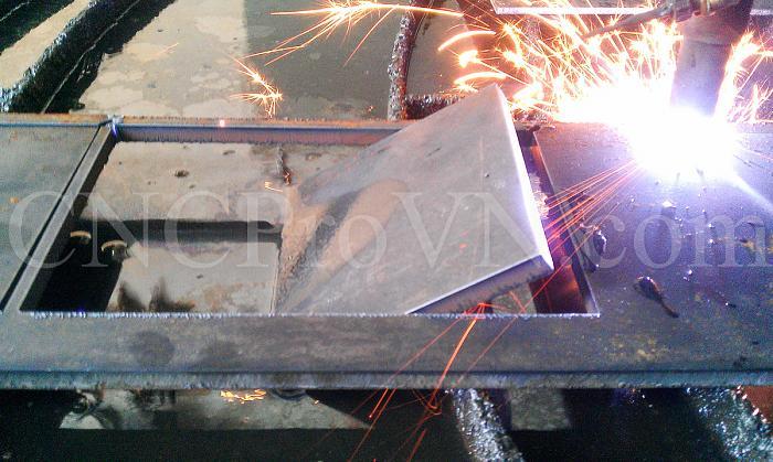 Click vào ảnh để xem ảnh lớn hơn.  Name:CKD-DIY Plasma CNC - 10mm Hypertherm FineCut.jpg Views:0 Size:959.9 KB ID:5352
