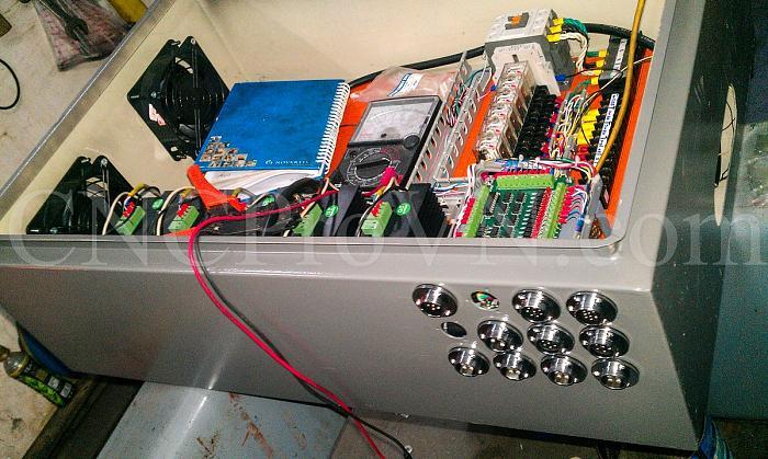 Click vào ảnh để xem ảnh lớn hơn.  Name:CKD-CNC Controller-20140612-IMAG1250.jpg Views:1 Size:367.0 KB ID:2512
