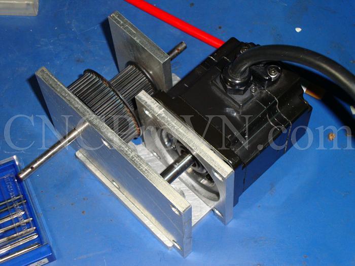 Click vào ảnh để xem ảnh lớn hơn.  Name:20110523-Gear box 01 (4).jpg Views:2 Size:298.9 KB ID:1121
