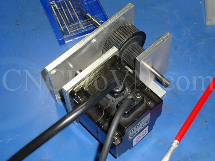 Click vào ảnh để xem ảnh lớn hơn.  Name:20110523-Gear box 01 (3).jpg Views:2 Size:296.5 KB ID:1120